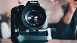 Canon EOSのデジタルカメラにピクチャースタイルを追加する方法