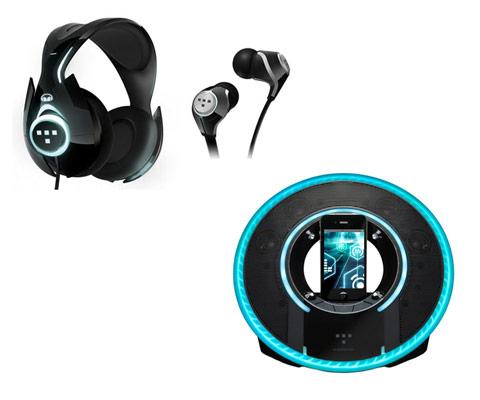ヘッドフォンとiPhone&iPod用スピーカードック