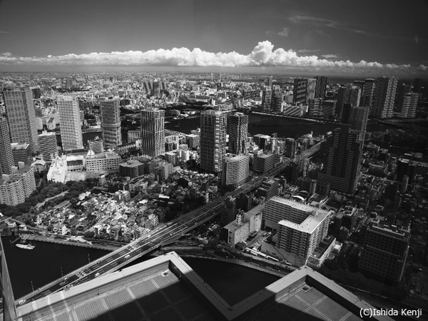 空からの都市風景 ©石田研二