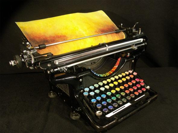 色を打つタイプライター「Chromatic Typewriter」