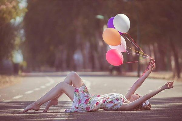 女の子と風船の関係はおしゃれの関係