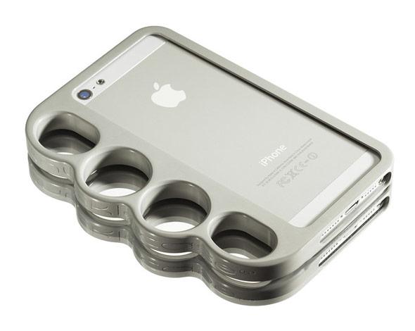 海外セレブ愛用メリケンサック型のiPhoneケースKnucklecase Moonshine White