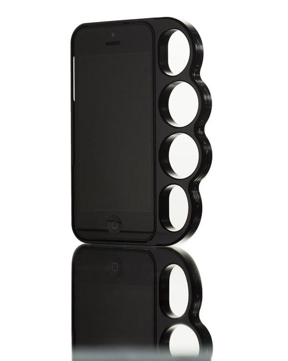 海外セレブ愛用メリケンサック型のiPhoneケースKnucklecase Ballistic Black