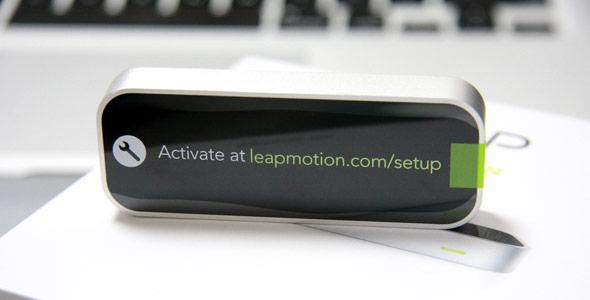 アクティベートは、leapmotion.com/setupで。