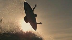 超絶ハイスピードカメラPhantom Flexが見せる美しいサーフィンの世界