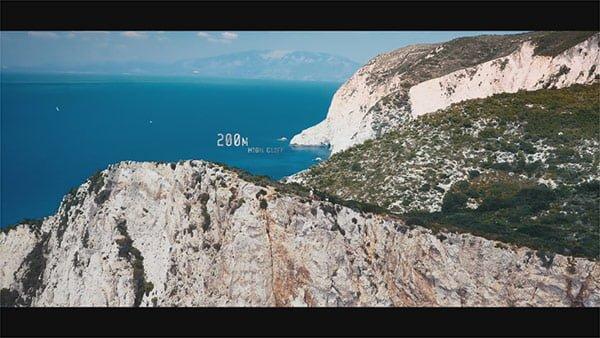 ナヴァイオビーチの崖の高さは200m