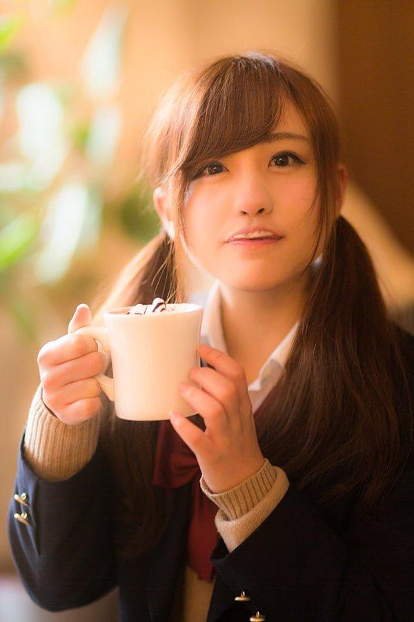カフェと女子高生の写真素材