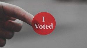 Microsoft Teamsで投票アンケートが作成できるPollyの使い方