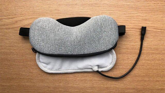 不眠症対策にホットアイマスク